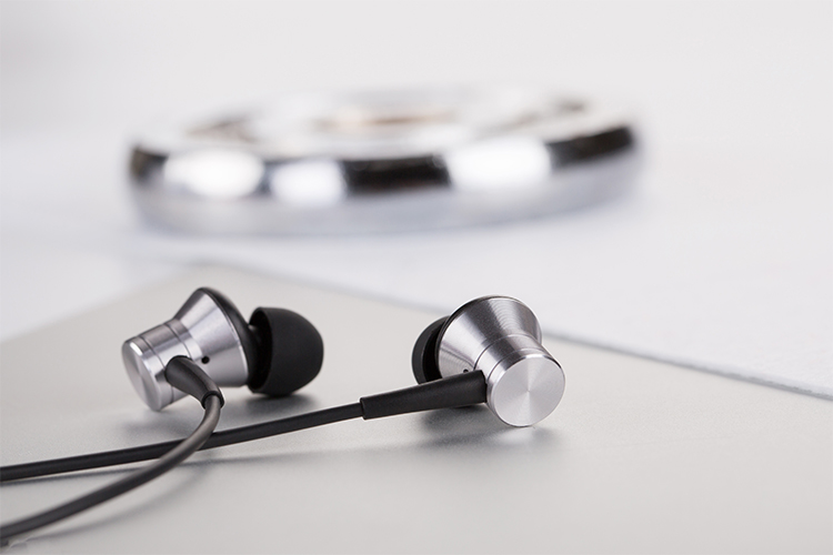 Наушники 1MORE E1009 Piston Fit In-Ear Headphones